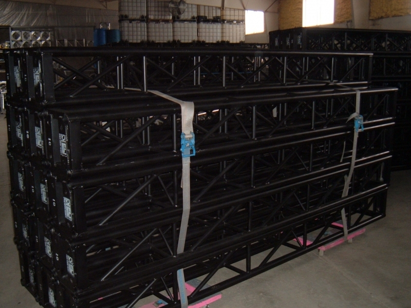 Used Truss from Universal Manufacturing