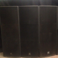 Used Phoenix PX2122 from Electro-Voice