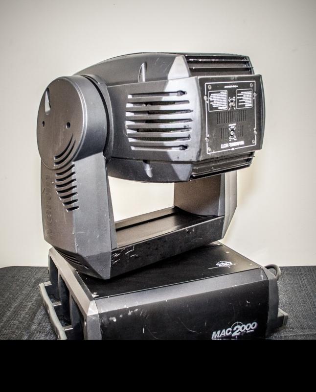 Used MAC 2000 Profile IIM from Martin Professional