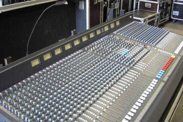 Used K2-40 from Soundcraft