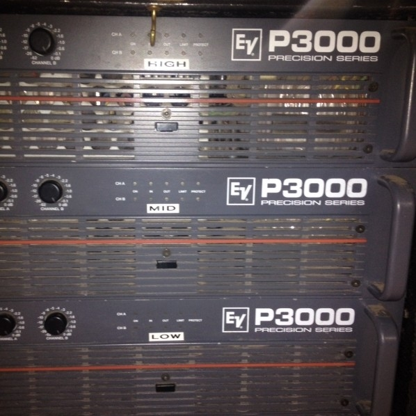 Used P3000 from Electro-Voice