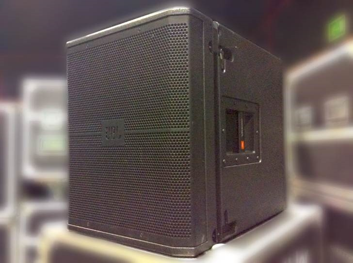 used vrx sound system with vrx928 vrx915s xti 2000 by jbl item 42777. Black Bedroom Furniture Sets. Home Design Ideas