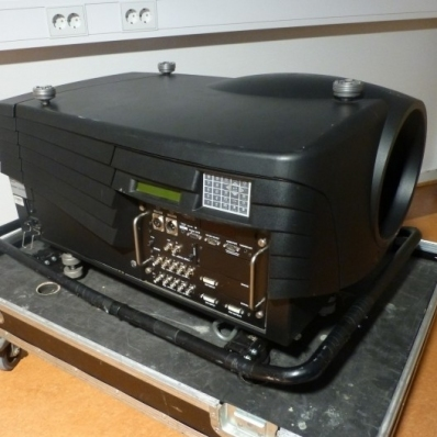 Used SLM G5 Performer from Barco