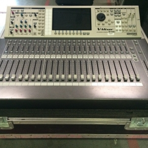 Used M-400 from Roland