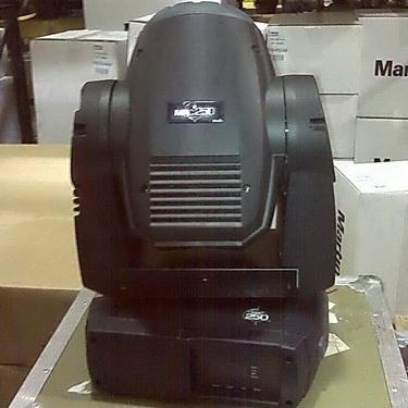 Used MAC 250 Krypton from Martin