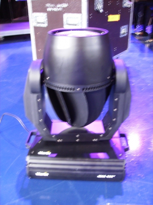 Used MAC 600 from Martin Professional