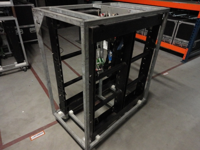 Used KUDO + SB218 Package from L-Acoustics
