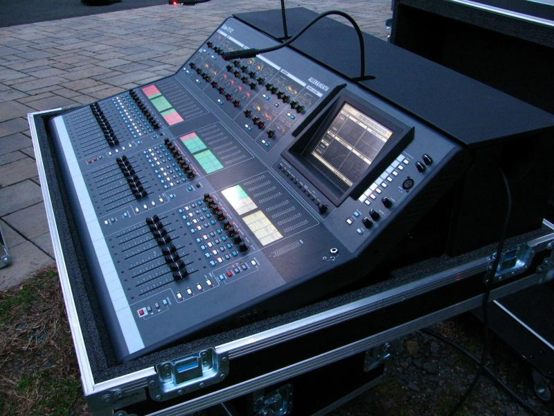 Used iLive T112 Series from Allen and Heath