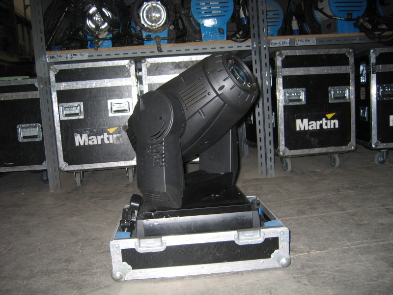 Used MAC 2000 E Profile Package from Martin Professional