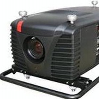 Used CLM R10+ from Barco