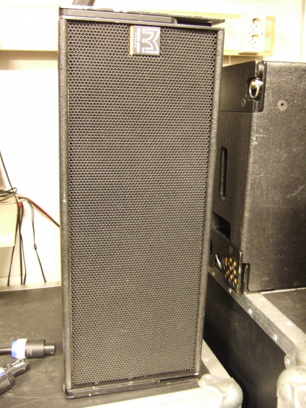 Used W8lm Line Array System By Martin Audio Item 31109