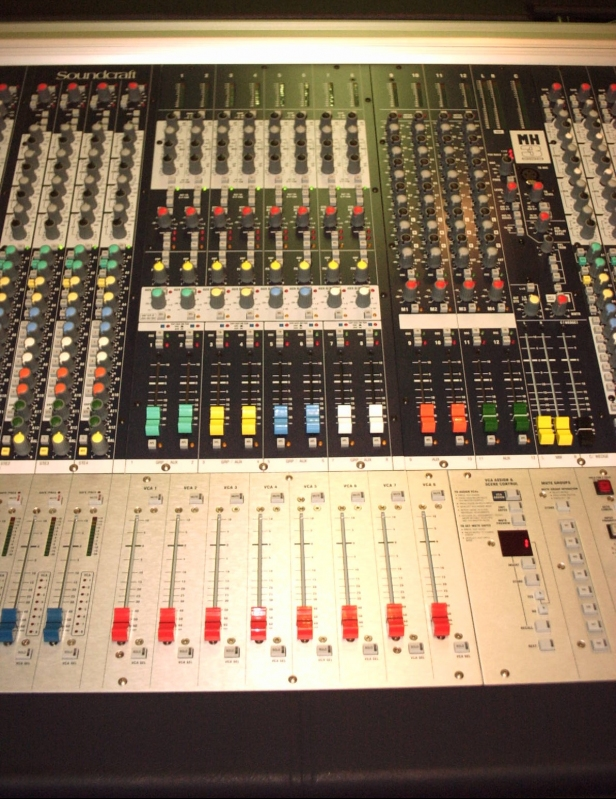 Used MH3-40 from Soundcraft