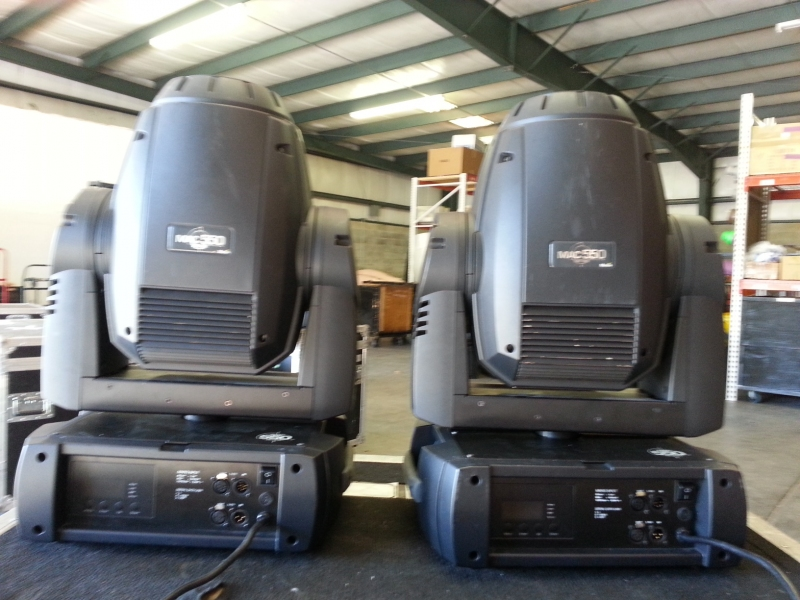 Used MAC 550 from Martin Professional