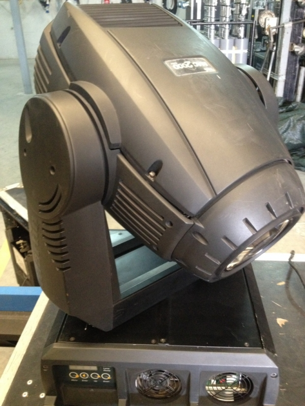 Used MAC 2000 Profile IIE from Martin Professional