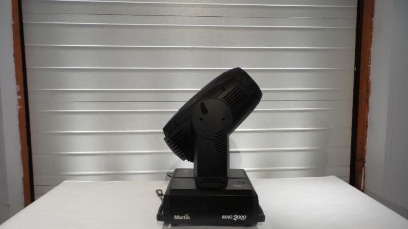 Used MAC 2000 Profile II M from Martin Professional