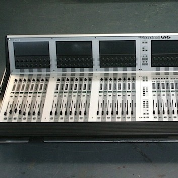 Used Vi6 with Optical Stage Box from Soundcraft