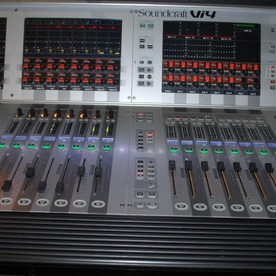 Used Vi4 from Soundcraft
