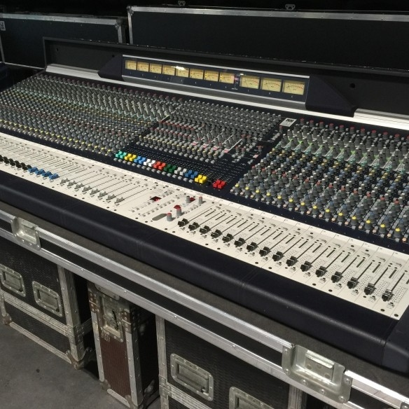 Used MH4 - 40 from Soundcraft