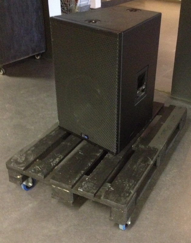 Used CQ-2 from Meyer Sound