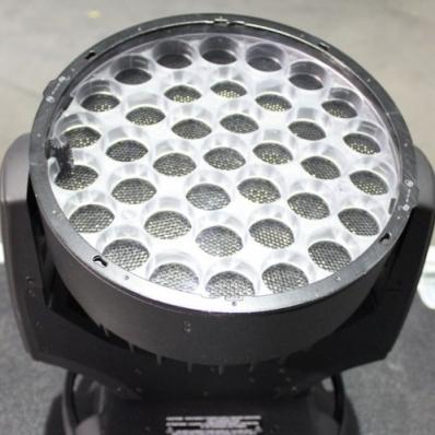Used ROBIN 800 LEDWash from Robe