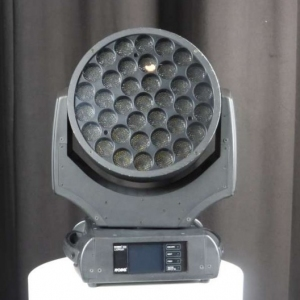 Used ROBIN 600 LEDWash from Robe