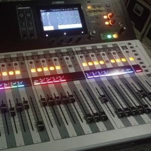 Used TF5 from Yamaha