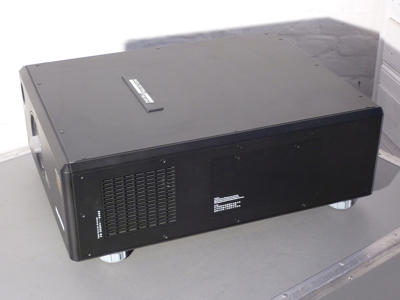Used HIGHlite 660 from Digital Projection
